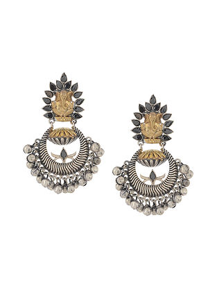 Black Dual Tone Handcrafted Earrings with Ghungroo