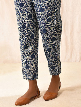 BHATTIKAVYA - Indigo Elasticated-Waist Dabu-printed Cotton Slim Pants