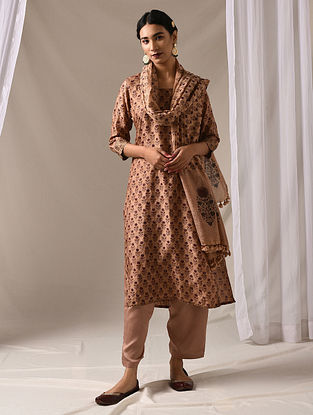 SHUCHIKA - Beige-Maroon Block Printed Mulberry Silk Kurta with Mukaish