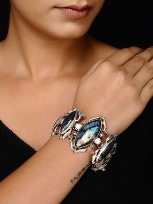 Tribal Silver Bracelet with Labradorite