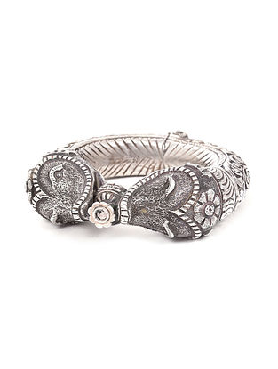 Tribal Silver Hinged Bangle (Bangle Size: 2/6)