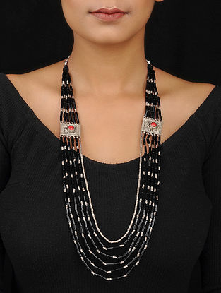 Black-Red Beaded Silver Necklace