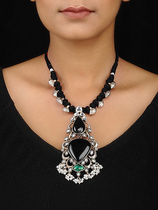 Black-Green Onyx Silver Necklace with Pearls
