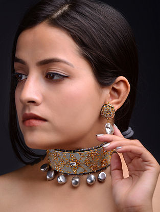 Grey Gold Tone Kundan Enameled Necklace and Earrings with Pearls