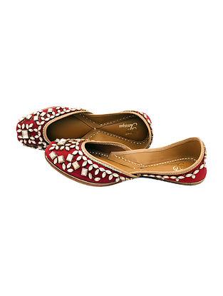 Maroon Kundan Embellished Silk Juttis