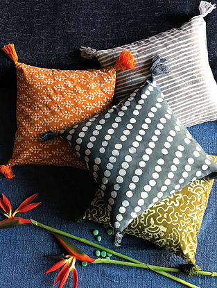 Enkizora Multicolor Hand Block-printed Cotton Cushion Covers with Tassels (Set of 4) (16in x 16in)