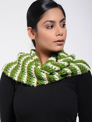 Green-Ivory Wool Loop