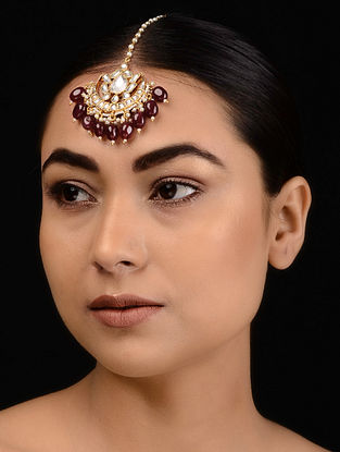 Maroon Kundan-inspired Gold Tone Silver Maangtika with Pearls