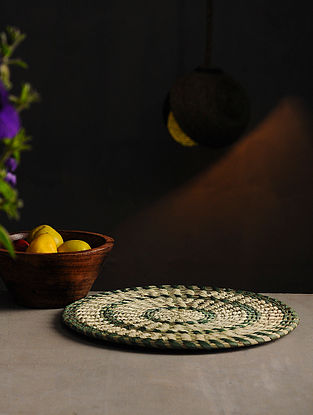 Sabai Grass Handcrafted Trivet (10in x 10in)