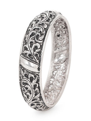 Tribal Silver Bangle with Floral Motif (Bangle Size -2/14)