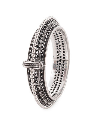 Hinged Opening Tribal Silver Bangle (Bangle Size 2/8)