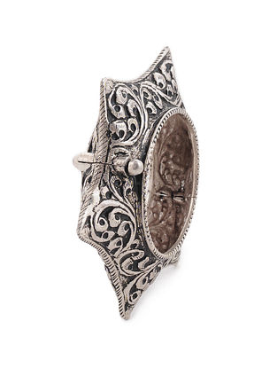 Hinged Opening Tribal Silver Bangle (Bangle Size 2/5)