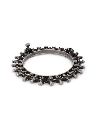 Hinged Opening Vintage Silver Bangle (Bangle Size: 2/4)