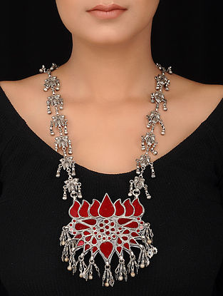 Red Glass Tribal Silver Necklace with Lotus Design