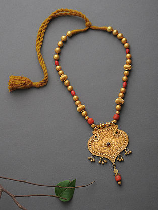Red Onyx Beaded Gold Necklace
