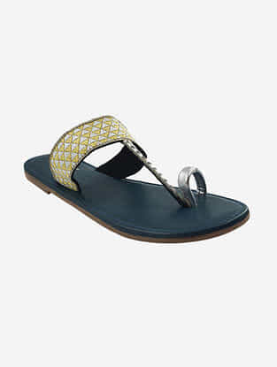 Silver Yellow Handcrafted Leather Kolhapuri Flats