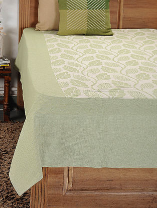 Green and White Woven Cotton Double Bedcover (104in x 92in)