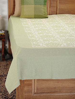 Green and White Woven Cotton Double Bedcover (105in x 92in)