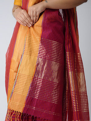Red-Purple Maheshwari Saree with Zari