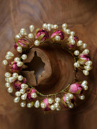 Pink White Handcrafted Gajra With Pearls