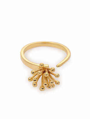 Gold Tone Silver Ring (Ring Size: 6)