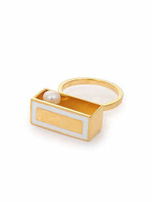 White Enameled Gold Tone Silver Ring (Ring Size: 6.5)