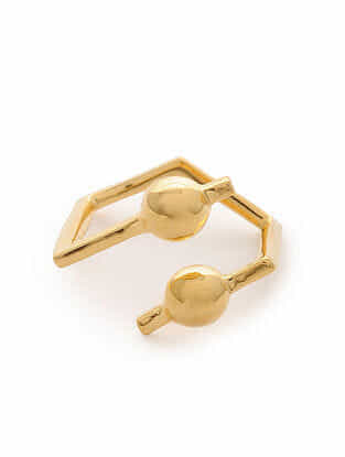 Gold Tone Silver Ring (Ring Size: 5.5)