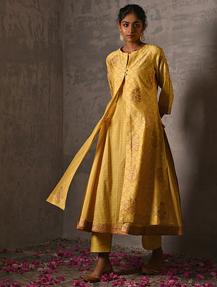 LAXMIBAI - Yellow Foil Printed Silk Cotton Kurta with Slip (Set of 2)