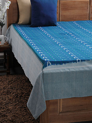 Blue and White Ikat Cotton Double Bedcover (109in x 89in)