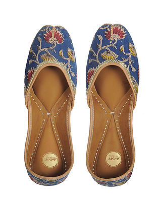 Blue Dabu-printed Hand-stitched Cotton and Leather Juttis