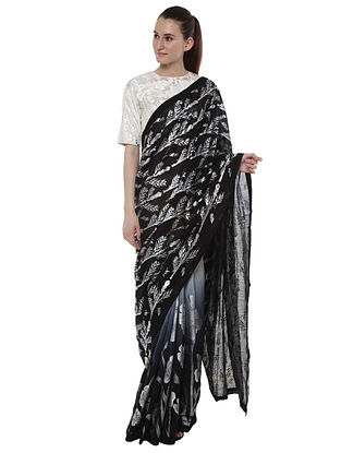 Black Egyptian Beil Palla and Ombre Floral Impression Pleats Saree with Blouse Piece (Set of 2)