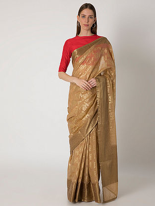 Beige Twinned Doe Benarasi Sari with Crepe Blouse Piece (Set of 2)