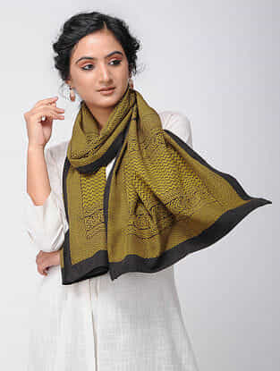 Yellow-Black Bagh-printed Silk Stole