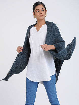 Grey Hand-knitted Wool Wrap