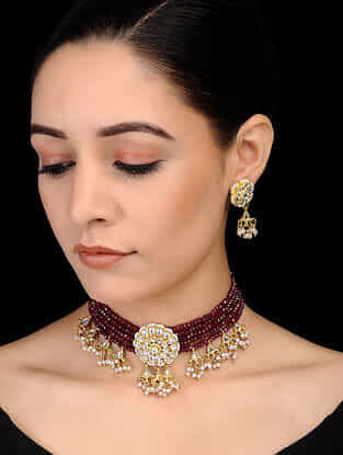 Maroon Gold Tone Kundan Inspired Onyx Beaded Necklace with Earrings (Set of 2)
