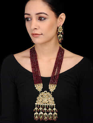 Maroon Gold Tone Onyx Beaded Necklace with Earrings (Set of 2)