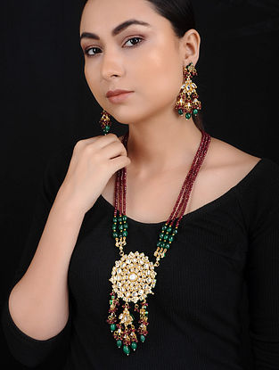 Red Green Kundan Gold Tone Brass Necklace with Earrings (Set of 2)