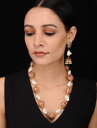 Red Enameled Gold Tone Pearl Beaded Necklace with Earrings (Set of 2)