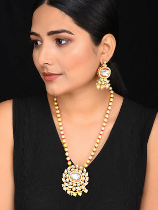 Red Gold Tone Kundan Pearl Beaded Kundan Necklace with Earrings (Set of 2)