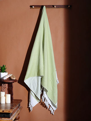 Green Honeycomb Handloom Cotton Bath Towel (60in X 32in)