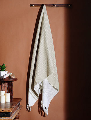 Grey Honeycomb Handloom Cotton Bath Towel (61in X 32in)