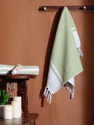 Green Honeycomb Handloom Cotton Hand Towel (Set of 2) (24in X 18in)