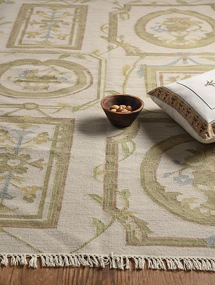 Ivory Hand Woven Wool and Cotton Kilim Dhurrie