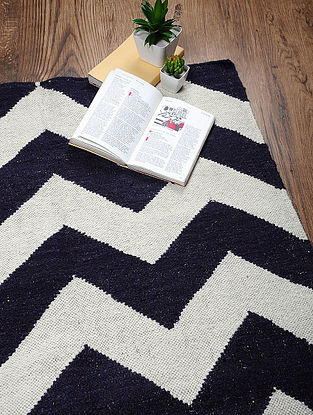 Navy-Ivory Hand Woven Cotton Two Tone Dhurrie (2ft.8in x 3ft.2in)
