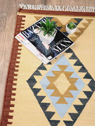 Golden Hand Woven Wool Kilim Dhurrie (3 ft.8in x 2ft)