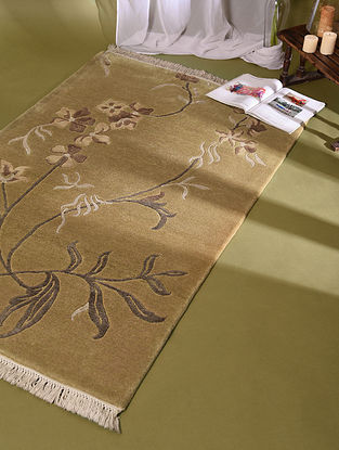 Nepali Golden Hand Knotted Wool and Cotton Carpet (5.1ft x 3.1ft)