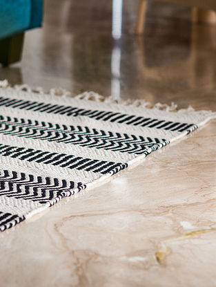 Denmark Stripe Black and White Cotton Rug (37in x 24in)