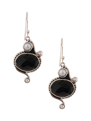 Silver Earrings with Onyx and Freshwater Pearls