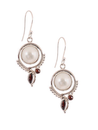 Silver Earrings with Garnet and Freshwater Pearls