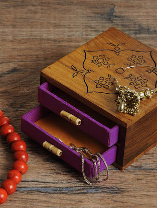 Mehrab Jewelry box 5in x 4.5in x 2.3in